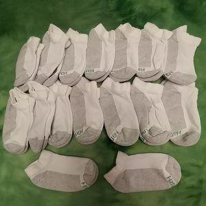 14 PR Hanes Boys No Show socks Sz M